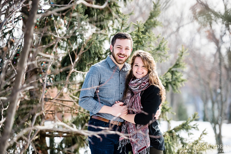 WINTER ENGAGEMENT PICTURES IN MICHIGAN